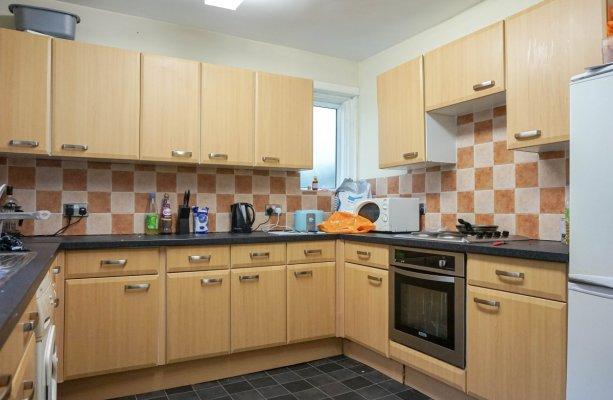 6 Double bedroom, student lets, SJM Properties