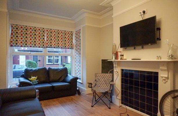 Headingley Avenue Leeds - Living Room