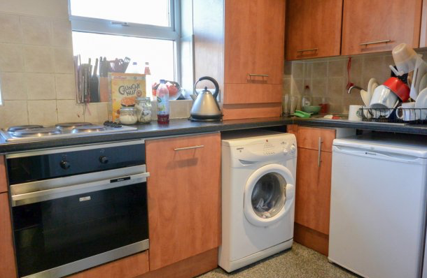 Kitchen - Headingley Rise - Hyde Park - Leeds