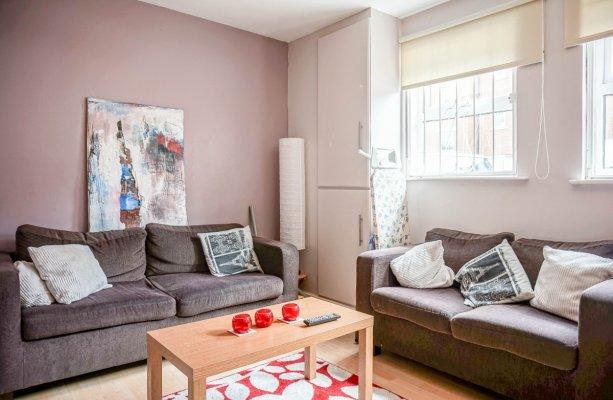 Hyde park, living room, Leeds, SJM Properties