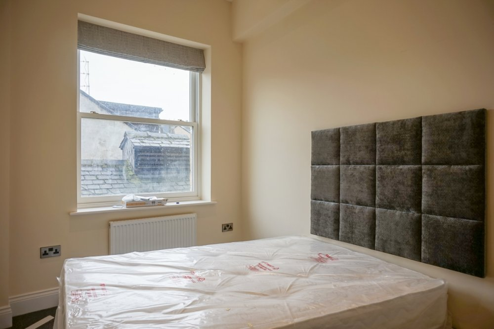 2 Bed Professional Flat In Harrogate To Let